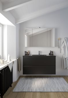 Des inspirations pour votre future salle de bain à découvrir ! Nos spécialistes Envie de Salle de Bain ont déniché et décrypté pour vous les tendances phares de 2019/2020 qui se combinent à l'infini avec nos solutions d'aménagement. Bathtub, Vanity, Bathroom, Configuration, Ajouter, Dimensions, Composition, Budget, Bathroom Black