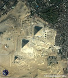 birds eye view of the Giza Pyramids in Egypt Earth And Space, Giza Egypt, Pyramids Of Giza, Great Pyramid Of Giza, Space Images, Famous Places, Birds Eye View, Aerial Photography, Places Around The World