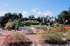 Jardin Botanico with the Reloj Floral in Santo Domingo