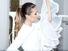 flounces white dress, spring style - medblick   ponytail