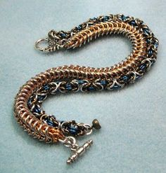 Chainmaille+Tutorials   Chain Maille Tutorial - Byzantine jump rings: http://www.ecrafty.com/c ...