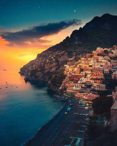 Amalfi Coast, Positano, #Italy | Photography by © Zach Doehler (@calibreus) #earthofficial