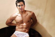Hawt hot Hot Jake Gyllenhaal!!!