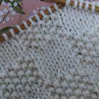 鹿の子編みと表目(1) 棒針の模様編みの編み図と編み地「編み物模様パターンカタログ」