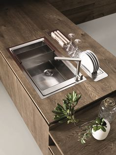 Oak fitted kitchen without handles CLOE - COMPOSITION 3 by Cesar Arredamenti…