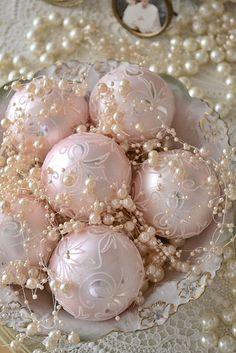 Beautiful pink Christmas decorations