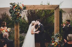 i love the simplicity of the details of this wedding! walla walla ceremony