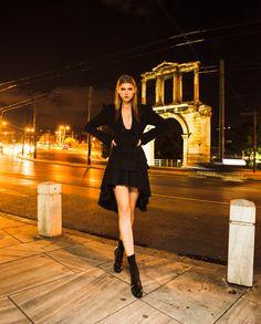 New Fashion Photography City Night 59 Ideas Night Fashion Nocturne, Night Photography, Fashion Photography, Creative Photography, Night Street, Selfies, Dark Beauty Magazine, Lingerie Shoot, New Fashion