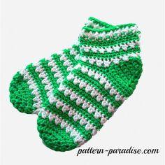 Crochet Pattern-X Stitch Challenge, Slipper Socks Free Crochet Pattern - X Stitch Slipper Socks by Pattern-Free Crochet Pattern - X Stitch Slipper Socks by Pattern- Crochet Slipper Boots, Slipper Socks, Crochet Slippers, Crochet Socks Pattern, Crochet Gloves, Crochet Patterns, Crochet Gratis, Love Crochet, Crochet Accessories