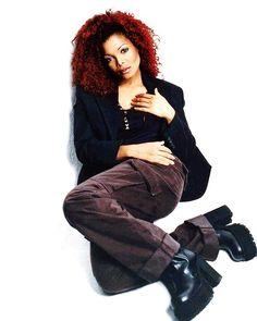 Janet Jackson 90s, Ms, Diva, Vintage Fashion, Divas, Fashion Vintage, Preppy Fashion, Godly Woman
