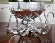 Octopus Punch Bowl from Horrific Finds Octopus Decor, Octopus Design, Punch Bowls, Gothic House, Decoration Design, Home And Deco, Fancy, Cthulhu, My New Room