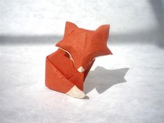 A simple Fox - Origami by mitanei.deviantart.com