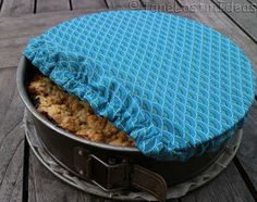 baking pan storage cover - by Janelostinideas