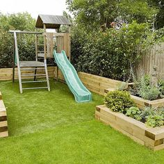 Modern Small Backyard Garden Design – Inspirational Backyard Landscaping MUSIC: Green Leaves by Audionautix is licensed under a Creative Commons … source Backyard Garden Design, Small Garden Design, Patio Design, Backyard Landscaping, Small Garden Layout, Landscaping Ideas, Plan Potager, Very Small Garden Ideas, Child Friendly Garden
