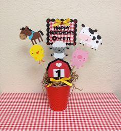 Granja Granja cumpleaños centro de mesa  por TheGirlNXTdoor en Etsy
