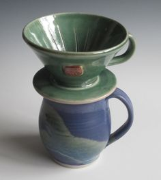 Drip coffee maker / handmade / pottery / green / coffee cone / single serving / hearts
