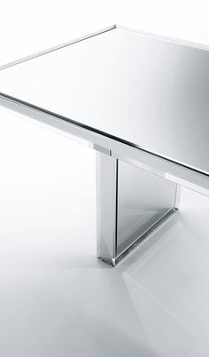 Tokujin Yoshioka for Glas Italia | Prism mirror table