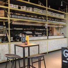 Restaurant Spruit in het Kruispunt – Barendrecht Bar Areas, Hospitality Design, Cafe Interior, Foyer, Lounge, Restaurant, Airport Lounge, Drawing Rooms, Diner Restaurant