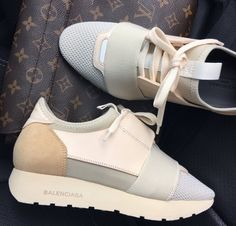 Balenciaga Women's Shoes - The girls of today do a lot to appear great. It's correct that, look does matte in the com Balenciaga Runners, Balenciaga Womens, Shoe Boots, Shoes Sandals, Shoes Sneakers, Sneakers Adidas, Cute Shoes, Me Too Shoes, Balenciaga Sneakers