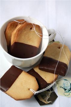 awesome teabag biscuits. I love mint tea with chocolate. or use with Hot Cocoa