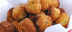 These Fried Mashed Potato Balls are a great way to use up leftover mashed potatoes. Not to mention they are easy and addictive! Fried Mashed Potatoes, Cook Potatoes, Cheesy Potatoes, Fried Salmon, Potato Dishes, Balls Recipe, Indian Food Recipes, Appetizer Recipes, Love Food