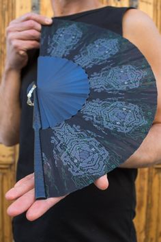 Burning Man Hand Held Folding Fan with Sacred Geometry Art like Star Wars and Wood Folding Fan and Gift For Him 23 cm Jedi Outfit, Goth Outfit, Burning Man, Pixie Outfit, Dystopian Fashion, Cyberpunk Clothes, Sacred Geometry Tattoo, Michaela, Self Design