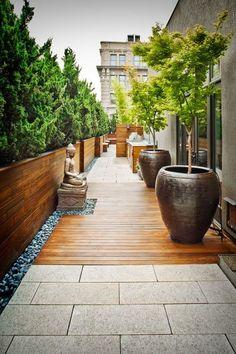 We are inspired by this tranquil decor for a terrace garden. We are inspired by this tranquil decor for a terrace garden. Rooftop Terrace, Terrace Garden, Balcony Gardening, Garden Villa, Kitchen Gardening, Balcony Plants, Pot Plants, Succulent Gardening, Side Garden