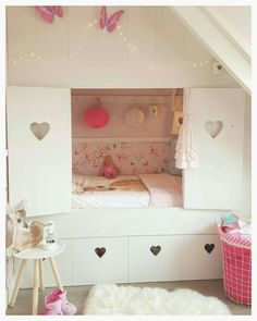 I 'm in LVE with my daughter her bed. Master Bedroom Design, Teen Bedroom, Home Bedroom, Bedroom Decor, Room Interior, Interior Design Living Room, Hideaway Bed, Deco Kids, Built In Bed