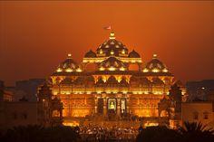 Akshardham Temple, New Delhi, India. BAPS Swaminarayan Akshardham in New Delhi, India, is the world's largest comprehensive Hindu temple. -  Guinness World Records