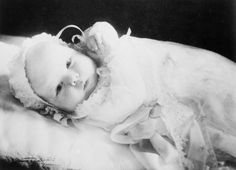 Princess Beatrix was born on January 31, 1938, the first child of Princess Juliana and Prince Bernhard. Her sisters Princess Irene, Princess Margriet, and Princess Christina were born in 1939, 1943, and 1947, respectively (© RVD).