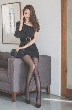 Jung yun (정윤) huge batch of sets korean fashion beautiful as Hot Girls, Sexy Asian Girls, Cheap Womens Tops, Girls In Mini Skirts, Good Looking Women, Fashion Tights, Beautiful Asian Women, Asian Fashion, Sexy Legs