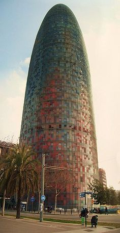 Torre Agbar - Barcelona- Jean Nouvel (2005)