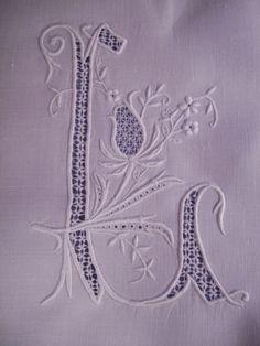 LE LINGE ANCIEN - Les pochettes… - Broderie si fine - La broderie… - Entretien du linge… - Exceptionnels… - Le blog de tissus-anciens