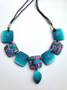 Mabcrea's blog has some interestingly simply jewelry pieces to view.  Visit often.