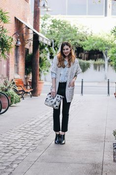 The chicest cropped denim, and cozy layered top