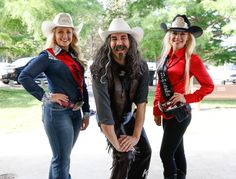 Always seeking the limelight, the New Buffalo Bill hams it up with Miss Rodeo Nebraska and Miss Teen Rodeo Nebraska during the 2017 NEBRASKAland DAYS