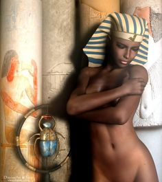 .Beautiful Egyptian lady.