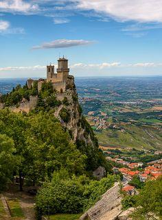 "The ""hat"" of the fortress | San Marino. Italia | Dmitrii Efremenkov"