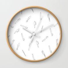 Plumas Reloj de Pared https://society6.com/yaela  #SurfacePatternDesign #Pattern #Estampado #Plumas #Pens #Clock #Reloj