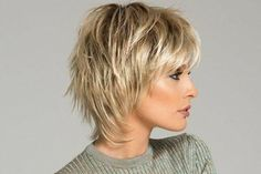30 Youthful Hairstyles You Should Keep Wearing After 45