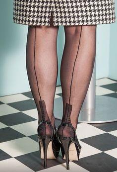 Le migliori 200+ immagini su stockings | reggicalze, calze