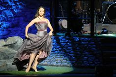 Seana...Harpist and dancer