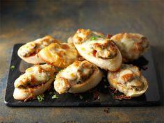 Mozzarella, Sushi, Shrimp, Meat, Ethnic Recipes, Food, Essen, Meals, Yemek