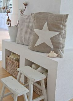 pillows for hallway. Villa Vanilla, Deco Marine, Country Chic, Coastal Decor, Home And Living, Interior Inspiration, Sweet Home, Interior Design, Furniture