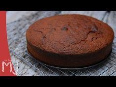 BÁSICOS   Bizcocho de chocolate - YouTube