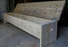 The original storage box and bench. Rustic but by Naturalcity #WoodworkingProjects #WoodBenchDIY