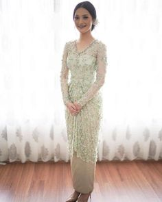 Discover recipes, home ideas, style inspiration and other ideas to try. Kebaya Lace, Kebaya Hijab, Kebaya Dress, Model Kebaya Modern, Kebaya Modern Dress, Kebaya Wedding, Wedding Hijab, Wedding Dresses, Dress Brokat