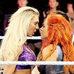 Friends go head to head. 💪👊👋Two redheads meet in a concert arena in Madison, Wisconsin. Charlotte Wwe, Charlotte Flair, Wrestling Divas, Women's Wrestling, Becky Wwe, Wwe Game, Rebecca Quin, Stephanie Mcmahon, Wwe Girls
