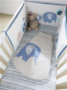 bettnestchen aus baumwolle wei baby pop pinterest bettnestchen baumwolle und. Black Bedroom Furniture Sets. Home Design Ideas