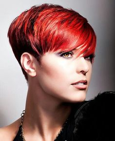Gorgeous Red #hair www.parruccheirando.com